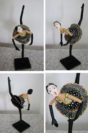 Bailarina de circo (cabaça e papel machê) R$ 120 + frete