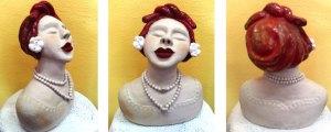 Cabeça de mulher com cerâmica vitrificada