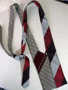 Aproveite as gravatas de tecido nobre
