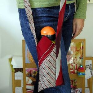 Com 2 gravatas é possível fazer uma bolsa