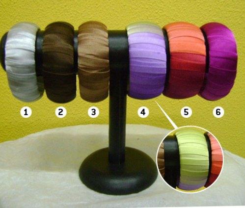 Pulseiras customizadas (no detalhe cetim degradê) R$ 10 (cada) + frete