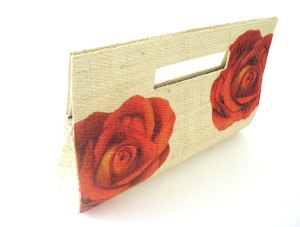 """Carteira palha de buriti """"Rosas Vermelhas"""""""