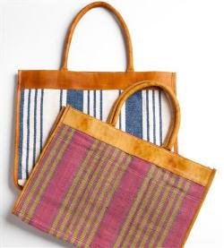 sacolas feitas por artesãs em MG